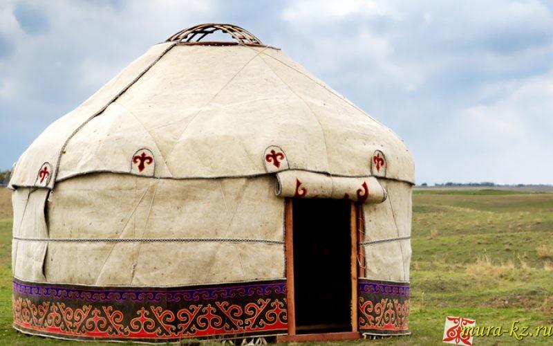 Загадки на казахском языке про юрту и её убранство