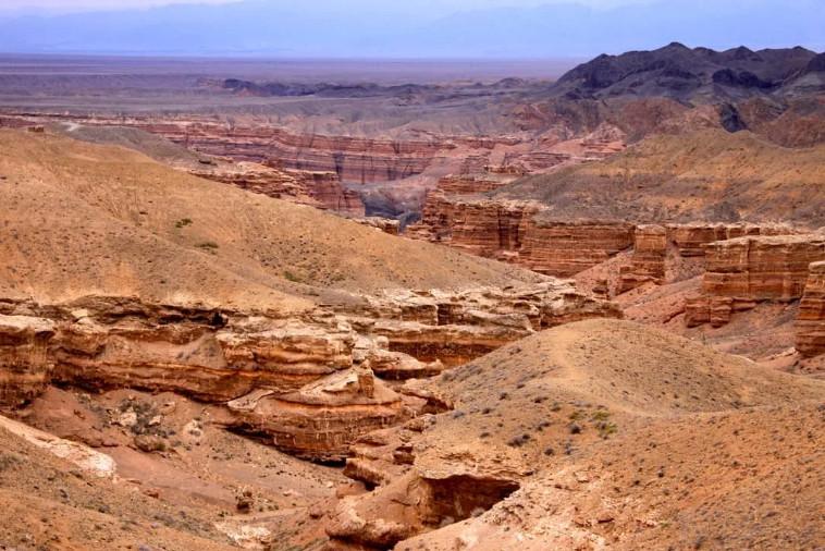 Экскурсия на Чарынский каньон